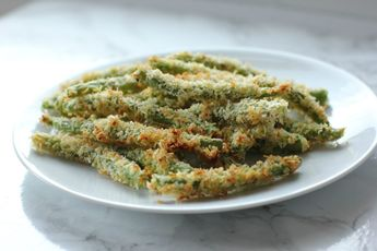 Crispy Oven-Baked Green Bean Fries