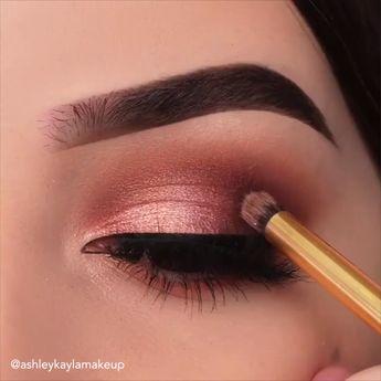 Make a statement with these eye makeup looks 😍 By: @ashleykaylamakeu