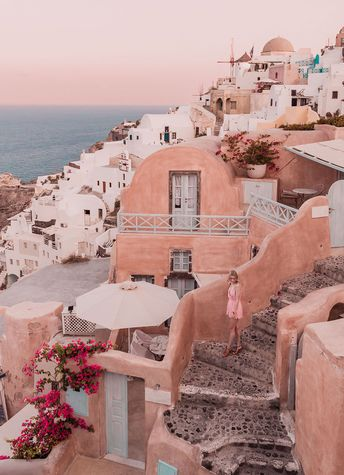 A Relaxed Guide to Santorini: The Dreamy Greek Island