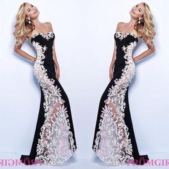 #womendress #instalike #nightdress #instafashion #fashion #catwalk # #instafollow #womendress #fashionstyle
