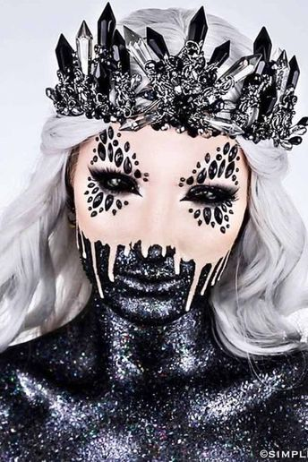 37 Horribly Exciting Scary Halloween Makeup Ideas