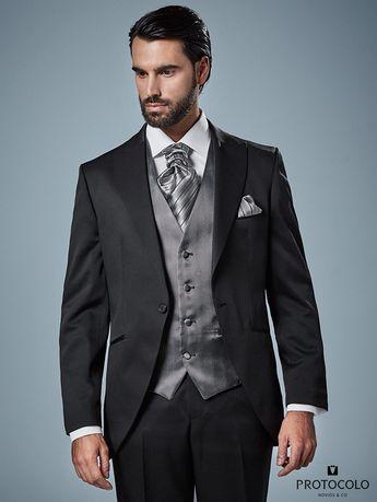 Trajes de novio de la firma Enzo Romano. Disponible en tie e423b5c67a6