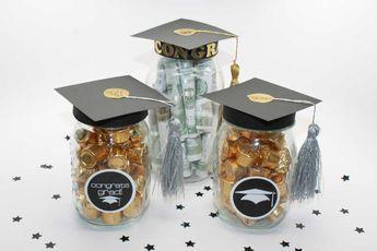 DIY Graduation Mason Jar Party Gifts / Favors + Free Printable