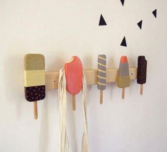 how fun are these wall hooks?!  would be a fun DIY. #Kidsroomideas