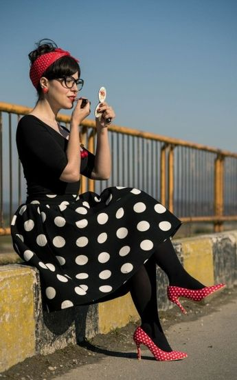 42 Unordinary Retro Outfit Ideas For Girl