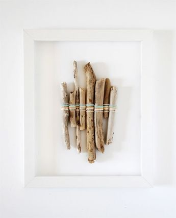 5 gorgeous youngsters create suggestions to help make over a beach front holiday, via We-Are-Scout.com: Driftwood colour weaving #wooddriftdriftwoodart #driftwoodartprojects #driftwoodanimalartforsale