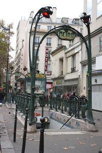 Les bouches d'entrée du métro parisien d'Hector Guimard