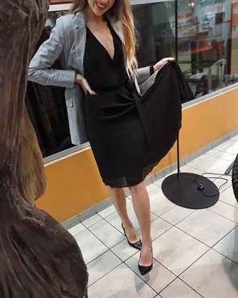 #womendress 750 #buyemotion #blackdress #womendress #bestoftheday #lookoftheday # # # # #
