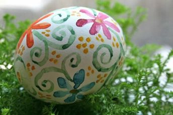Painting Easter eggs with children: ideas and instructions