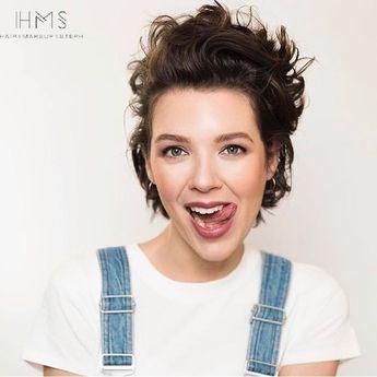 #editorial #hair #makeup #short #waves #retro #vibe #80s #inspo #inspiration #ideas #pixie #modern #trendy #vintage #beauty #shorthair #fun #glam #hollywood #redcarpethair #beauty #hairandmakeupbysteph