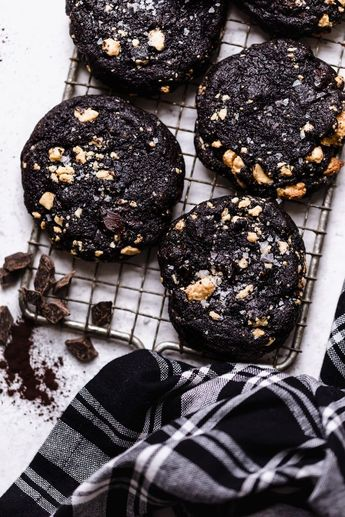bittersweet chocolate cookies (+ caramelized white chocolate) -Plays Well With Butter