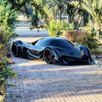 Devel Sixteen with 12.6-liter - Superfast Travel In Style