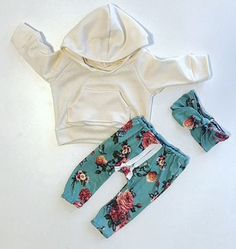 fcac0f8d7a8a2 Baby girl outfit / baby girl clothes / floral print / baby clothing /  newborn girl