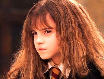 Emma Watson's crazy eyes. Emma Watson #EmmaWatson #TopCelebrityTV #Celebrity #Actress #HP #HarryPotter #British #Actress #Entertainment #Hollywood #Movie #Hairstyles #Hair #Style #Fashion #WemonsFashion