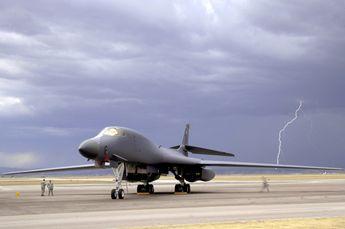 100909-F-4583H-812.jpg (2100x1397 pixels)   Warplanes illustrated