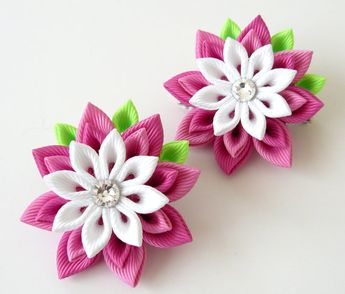 Kanzashi Fabric Flowers. Set of 2 hair clips. Pink and white hair clips. Girl's hair clips. Kanzashi hair clips. Pink girl's hair clips