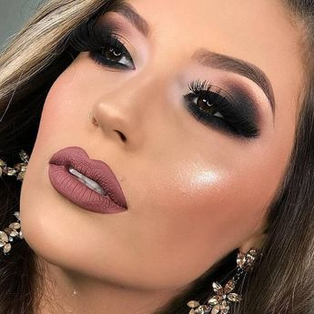 30 Pretty Christmas Makeup Ideas To Make You Look Hot