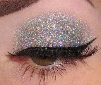 25 Gorgeous Eye Makeup Tutorials For Beginners of 2019