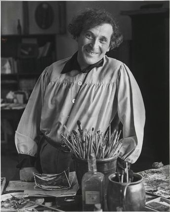 Marc Chagall in his studio, Paris 1933 / photo by André Kertész