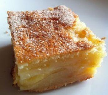 Le flan alsacien aux pommes est un flan à base de lait, oeufs, farine, beurre et sucre auquel on ajoute des pommes coupées en lamelles à la manière d'une tarte aux pommes (sans la pâte à tarte) ou d'un clafoutis. Il est un dessert les plus populaires de la cuisine alsacienne. Ingrédients : 6 personnes […] L'article recette Flan alsacien aux pommes est apparu en premier sur Recettes Faciles.