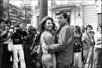 "Natalie Wood and Robert Wagner at the ""La Mar Maison"" 1976"