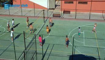 Volleyball area. Voleybol sahası.