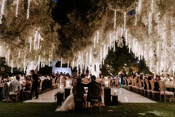 How To Have A Glamorous Midsummer Garden Wedding #weddinglighting #reception #weddingplanning #weddinginspo #glamwedding #outdoorwedding #weddingideas