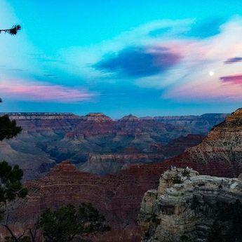 Happy weekend from The Grand Canyon @ full moon! Inspiration shot by our remote employee Roxy traveling around the US beautiful landscapes.  #remotework #workfromhome #remote #startup #officefortheday #viewoftheday #fullmoon #motivationalpic #grandcanyon #skyporn  Photo Credit: Roxana Siu @iamroxanita