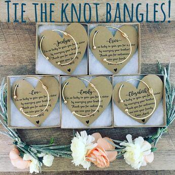 Bridesmaid Knot Bangle & Heart Card