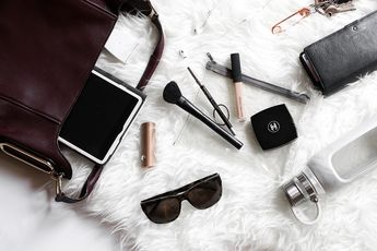 What's in my bag? - The minimalist edition