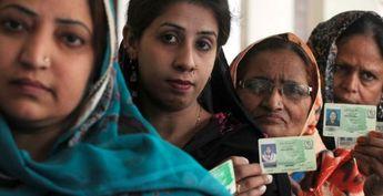 Elections au Pakistan : forte affluence malgré la terreur talibane