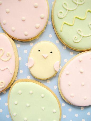 pastel easter cookies