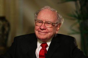 How did Warren Buffett build his net worth of $84 Billion
