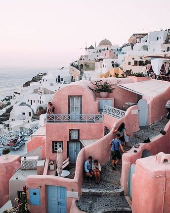 Destination - Oia, Greece