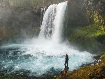 Hiking Oregon's Waterfalls