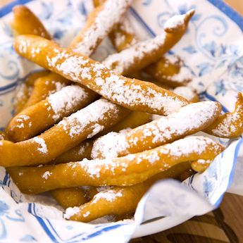 Easy Funnel Cake Fries – delicious cake batter fried to perfectly golden crispy fries. Served with some caramel sauce or a marshmallow dip! You can make the cake batter following our tutorial or get a funnel cake mix from your grocery store. So yummy! Great for snacks, parties, or dessert!