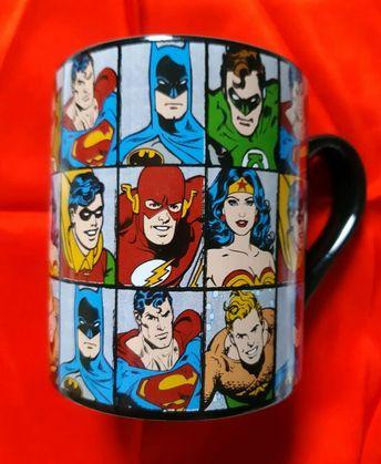 Retro SUPERHEROES MUG with Superman and Wonder Woman - DC Comics 2012 #DCComics