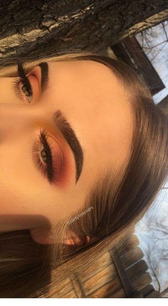 Girl eyeshadow makeup - Miladies.net