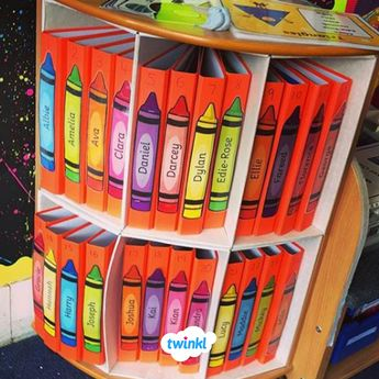 Organise your children's folders with these free fully editable coloured crayons. These can be used anywhere in the classroom for a multitude of purposes - name labels, drawer labels, creative area labels etc. Sign up for a free Twinkl account to download! #organisedteacher #teacherhacks #organisedclassroom #classroom #labels #freeresource #freeprintable #labels #twinkl #twinklresources #teach #teacher