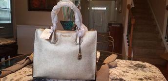 04d553877ce3 Michael Kors Mercer Large Metallic Leather Tote - Pale Gold -  30H6MM9T3M-740 #fashion