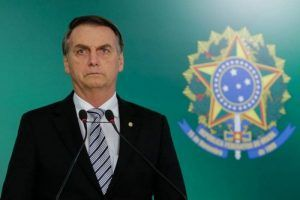 Bolsonaro quer diminuir alíquota máxima do Imposto de Renda