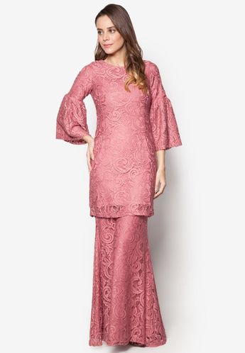 Baju Kurung Moden Lace - Vercato Nora in Dusty Pink 541ea6620e