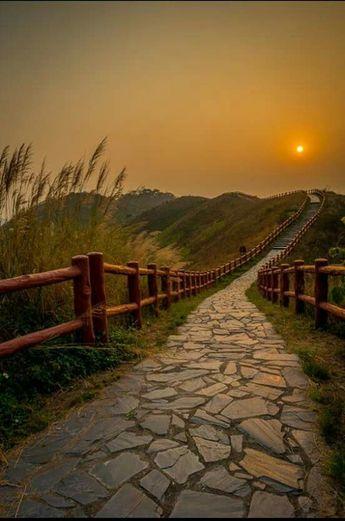 sun set path