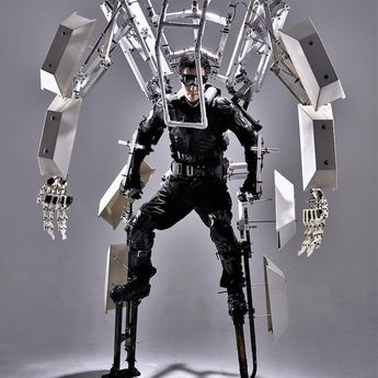A Giant Kinetic Mechanical Exoskeleton That Can Increase the Size and Capabilities of the Human Body