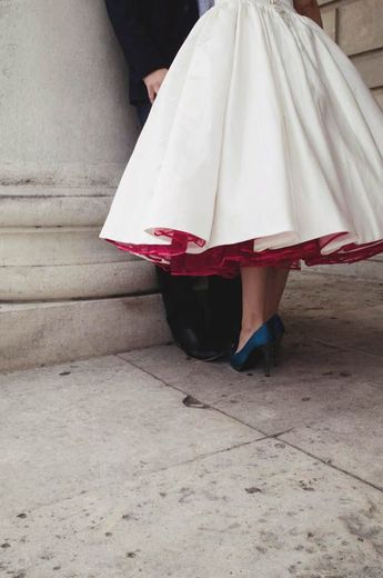 Short and Tea Length Wedding Dresses : A Relaxed & Low Key Portrait Session: Leesa-Marie & Stew  British Brid
