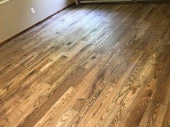 Ready To Install Reclaimed Oak Flooring Skip Planed Face