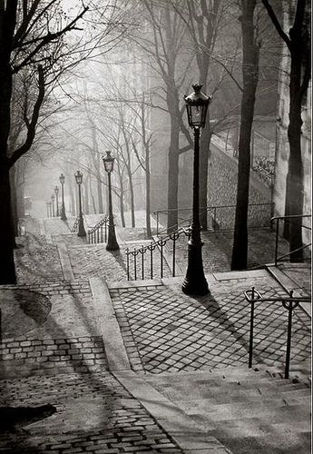 FRANCE  PARIS,Montmart 1936  and a DARKNESS APPROACHES !