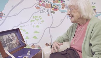 Inventor Makes 'Music Memory Box' So Dementia Patients Can Reconnect With Their Loved Ones