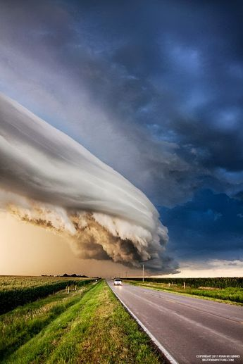 Super cell thunderstorm, Nebraska (via Kristen Fox)
