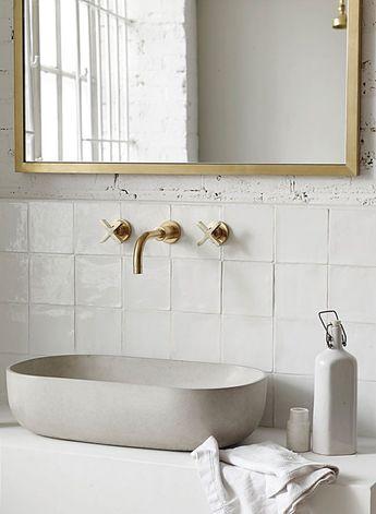 How To Put Together a Luxurious Bathroom Décor!